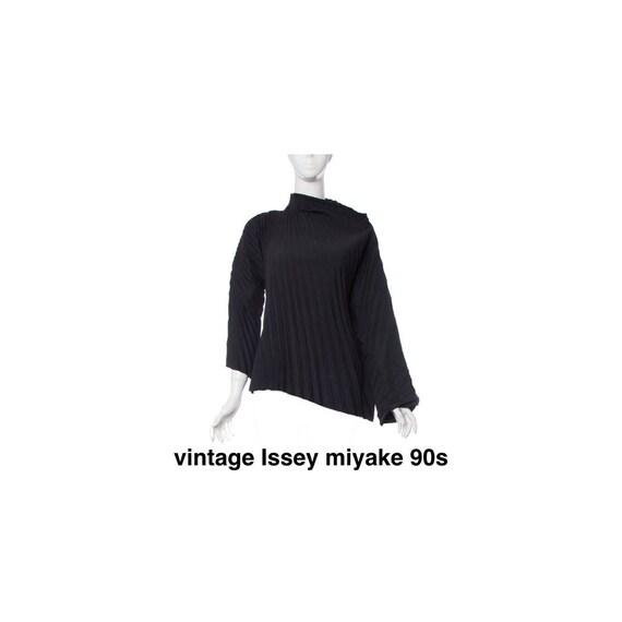 vintage Issey miyake pleated top
