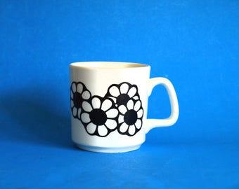 Black Daisy Flower Power Mug - Vintage Retro Johnson of Australia Floral Motif Coffee Cup - Made in Australia Rare!