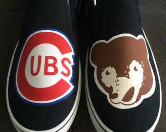 Chicago Cubs shoes (1940-50s logo)