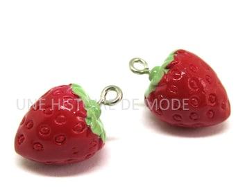 2 charms red Strawberry resin - Kawaii - 20 x 10 mm
