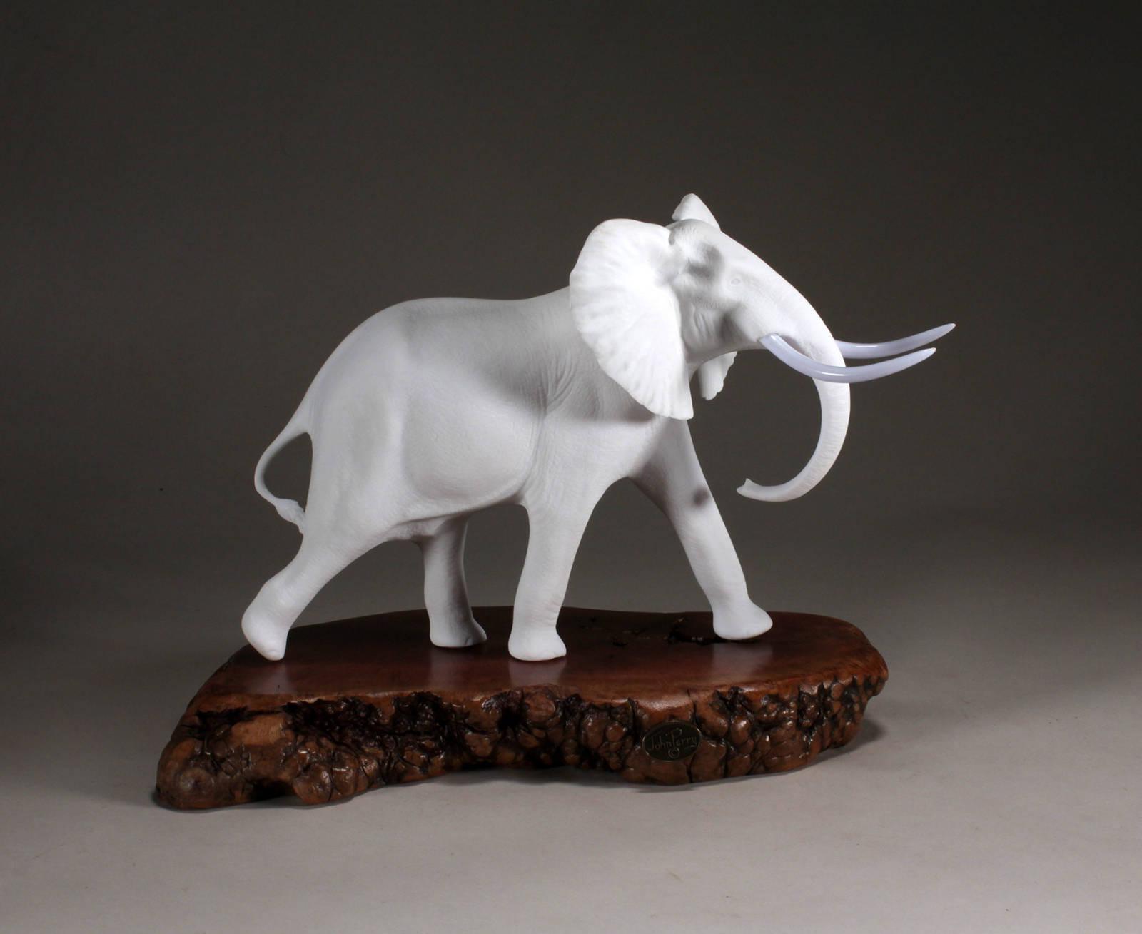 POLAR BEAR CUB Sculpture New direct from JOHN PERRY 4in long Burl base