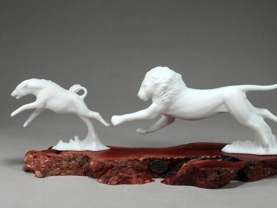 POLAR BEAR /& CUB Sculpture New Direct from JOHN PERRY 11in long on burlwood slab
