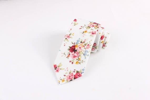 "BENJAMIN White Pink Retro Floral Skinny Tie 2.36""| floral tie | flower tie | skinny tie | wedding tie | wedding ideas | ideas | groom |"