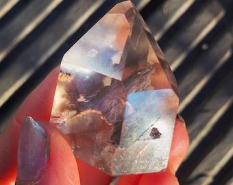 inclusion quartz - outer worlds