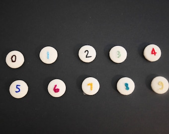 Set of 10 numbered magnets / / Embroidered magnets / / hand embroidery / / Christmas gift / / child gift to learn to count.