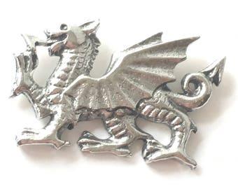 Handmade Heraldic Lion Pin Badge in Fine English Pewter WA