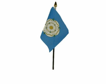 County 6 x 4 Desk Table Flag with Gold Plastic Flat Base Yorkshire New