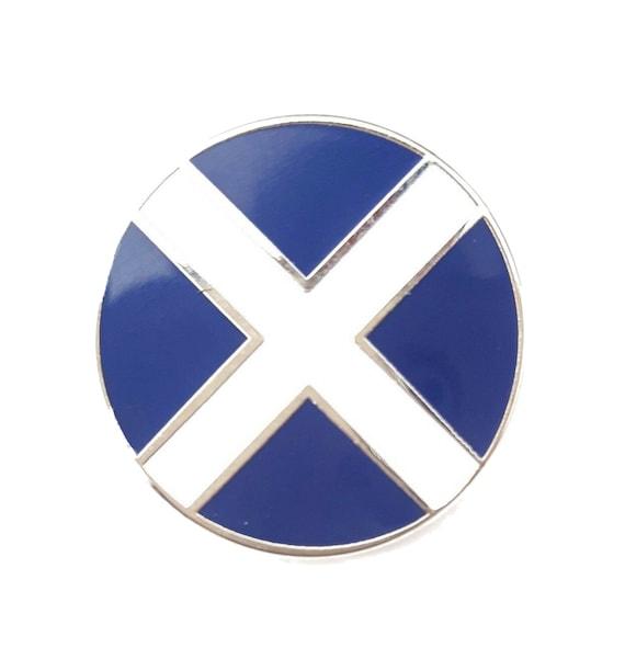 Scotland /& Sri Lanka Pin Badge FREE UK DELIVERY