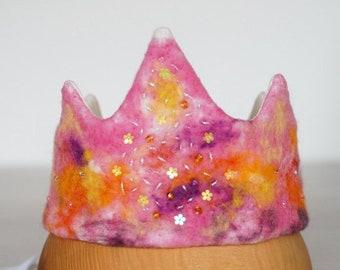 Waldorf wool felt birthday crown in pink shades, princess birthday crown, handmade crown gift for toddler girl