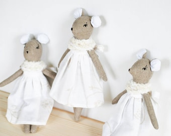Pure linen mouse, mouse rag doll, mouse cloth doll, stuffed animal toys, heirloom doll, grey white toys, personalized doll, girl nursery