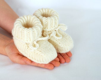 Baby pure merino wool booties, baby first hand knitted wool shoes, booties organic sheep wool eco slippers