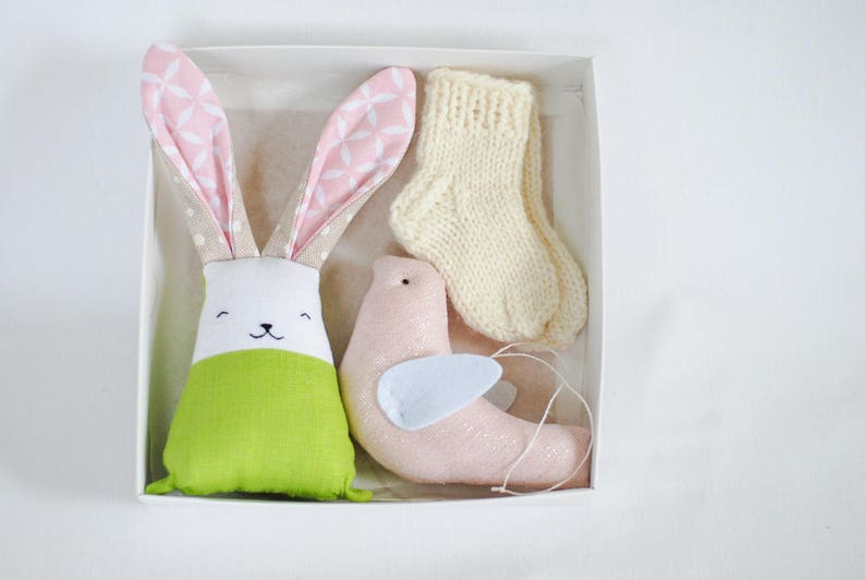 Pregnancy gift set for new mum gift box newborn baby wool image 0