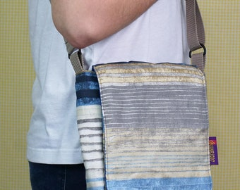 Padded Messenger Bag - Beach Style