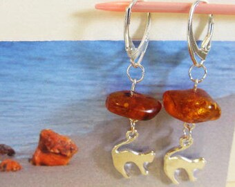 c7e20652ee3d Cat 100% Natural Baltic  Amber  Antique brown transparent  beads  Earrings  4.9 gr.  silver 925 clasp