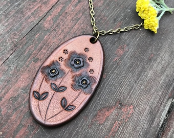 Floral Oval Necklace