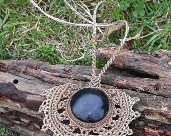 Jade macrame. Jade Stone necklace.