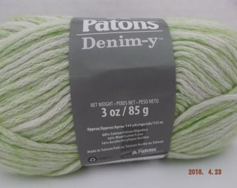 Patons Denim-y Yarn ~ Wool Blend ~ Limelight (Denim) ~ #4 Medium ~ 85 grams ~ 144 Yards ~