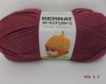 Bernat Sheepish Yarn ~ Raspberry(ish) ~ Wool Blend ~ #4 Medium ~ 85 grams ~ 3 ounces ~ 167 yards