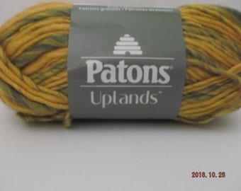 Patons Uplands Yarn ~ # 5 Bulky ~ Gold & Stone Mix ~  90 grams/3.2 oz ~ 99 yards/90 Meters