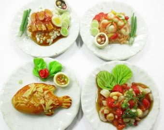 Barbie Dollhouse Miniature Food Fried Squid Shrimp Mussels Black Pepper 15244