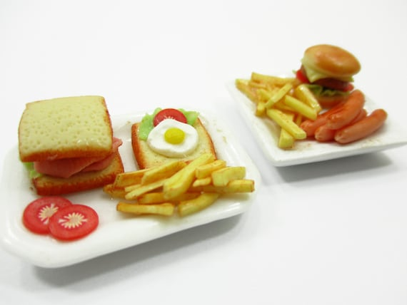 3.50 cm Dollhouse Miniatures Steak Sausage French Fried Food on Plate  4