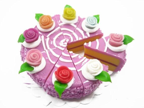 puppenhaus miniaturen essen 1 lila farbe rose kuchen 8 etsy. Black Bedroom Furniture Sets. Home Design Ideas