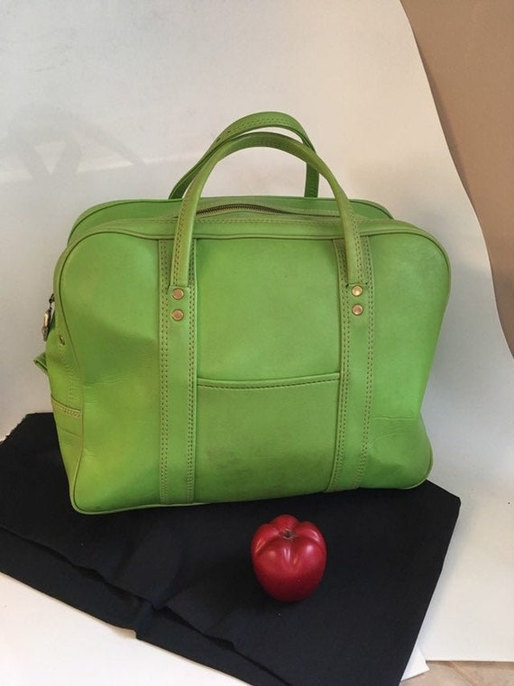 Vintage Carry on Luggage, Soft Side Lime Green tra