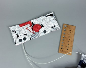 Needle holder for circular knitting needles , round embroidery needle bag, needle safe, circular needle cosy