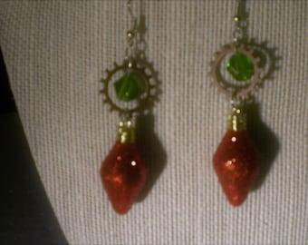 A touch of Yuletide Earrings