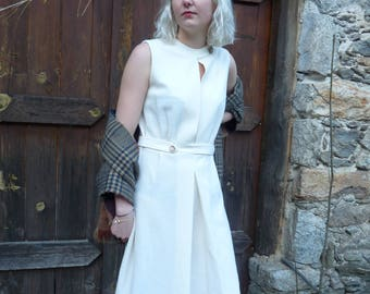 Conter (Brand) French Vintage 1960's Boucle cream shift dress