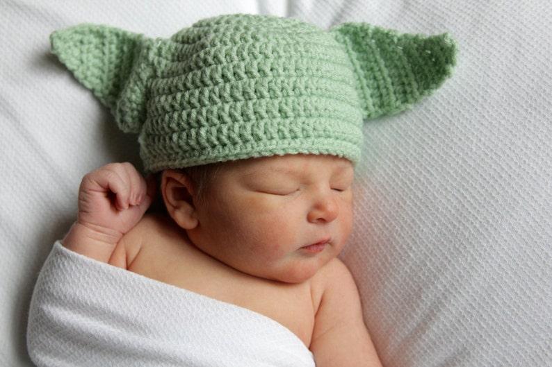 8f00fb94f81e9 Newborn Yoda Hat Star Wars Newborn Hat Newborn Costume