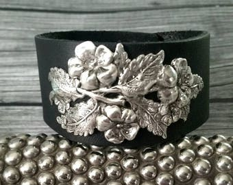 1 Black Suede Rhinestone Bangle Bracelet Nb8 Perfect In Workmanship Costume Jewellery Other Costume Jewellery