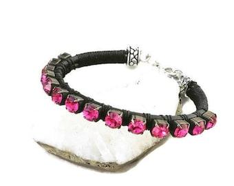 1 Black Suede Rhinestone Bangle Bracelet Nb8 Perfect In Workmanship Other Costume Jewellery