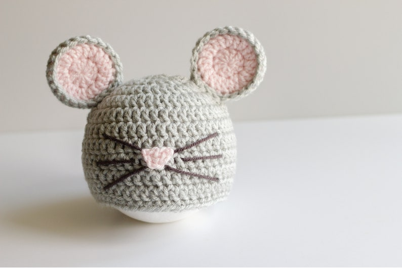 READY TO SHIP Crochet Gray Mouse Hat, Sizes 0-3 month to Toddler