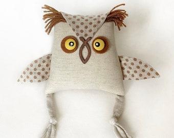 Handmade linen toy. Owl