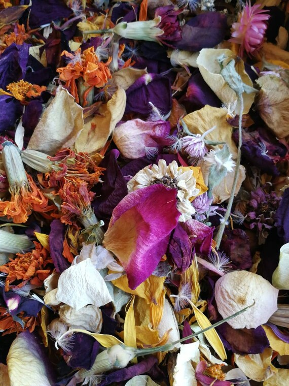 1 Litre Biodegradable Rose Wedding Confetti Natural Dried Real Petals 15 Guests