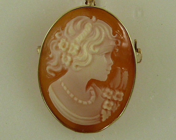 Cameo 25 mm x 17.4 mm Carnelian Shell Lady Pin and Pendant,14K Yellow Gold