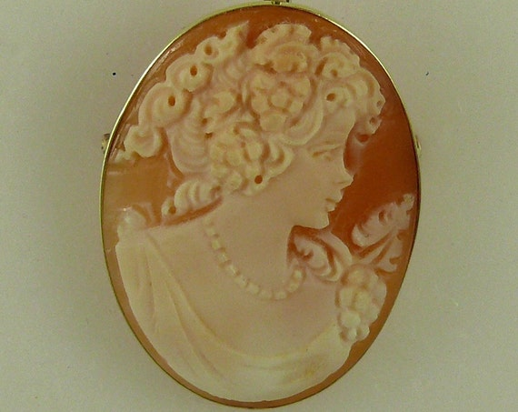 Cameo 26.6 mm x 35 mm Carnelian Shell Lady Pin and Pendant,14K Yellow Gold