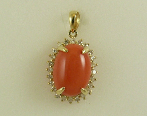 Coral 10 mm x 14 mm Pendant 14k Yellow Gold with Diamonds 0.34ct