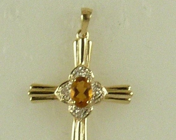 Citrine 0.23ct Pendant with Daimonds 0.04ct 14k Yellow Gold