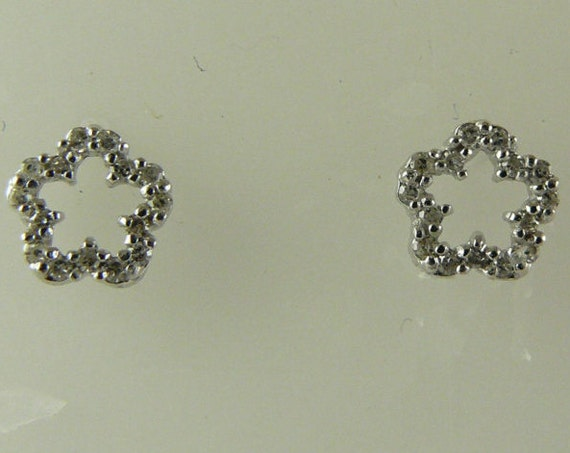 Diamond 0.13ct Stud Earring 14K White Gold Post and Push Back