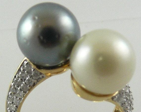 Tahitian Black 10.4mm & South Sea White 10.1mm Pearl Ring 14k Gold w Dia 0.56ct