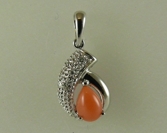 Coral Pendant with 14k White Gold and Diamonds 0.03ct