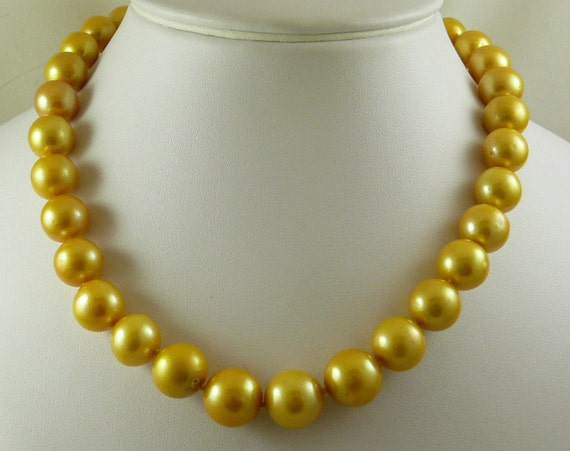 Freshwater Golden Pearl Necklace 14k Yellow Gold Clasp 18 Inches Long