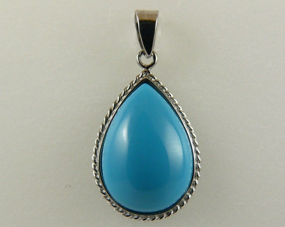 Reconstituted Turquoise 14.5 mm x 10.1 mm Pendant, 18k White Gold