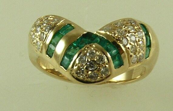 Emerald 0.40ct & Diamonds 0.45ct Ring 14k Yellow Gold