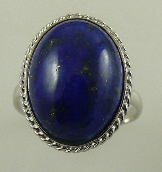 Lapis 16 .0 MM x 11.8 MM Ring 18k White Gold