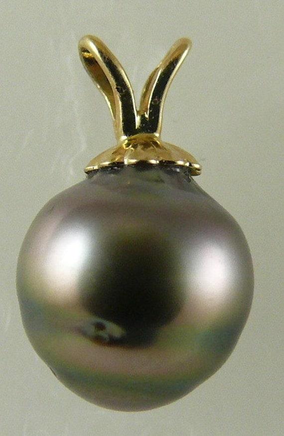 Tahitian Black 9mm x 9.3 mm Pearl Pendant 4k Yellow Gold