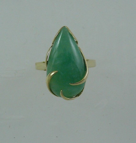 Green Jade 19.4 x 11.3 mm Pear Shape Ring 14k Yellow Gold