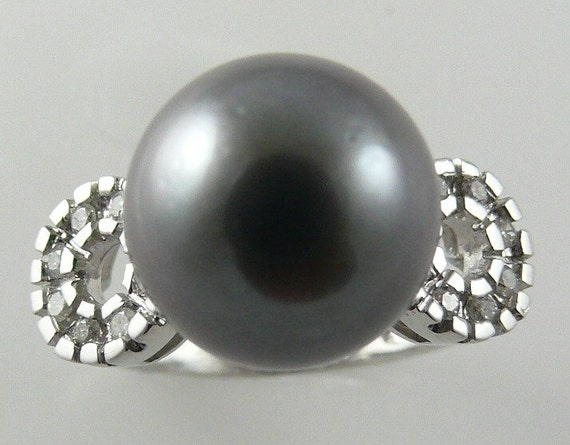 Tahitian Black 12mm Pearl Ring 14K White Gold with Diamonds